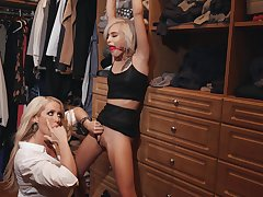 Gagged teen leaves a difficulty hot matured hither fulfill her lesbian desires